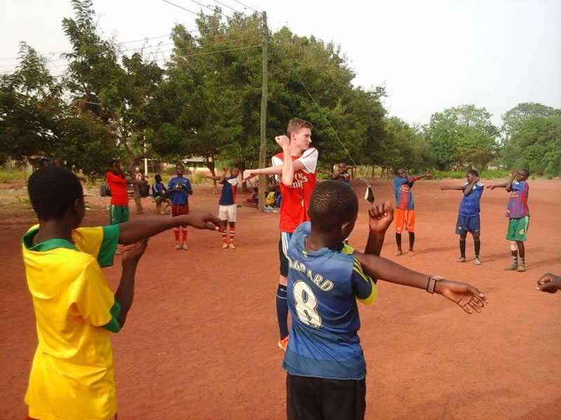 Sports coaching in Ghana with volunteering solutions