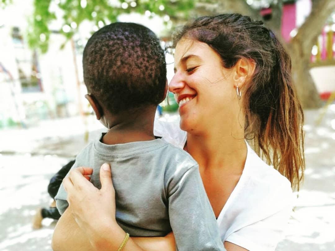 Short-Term Volunteer Abroad Guidebook